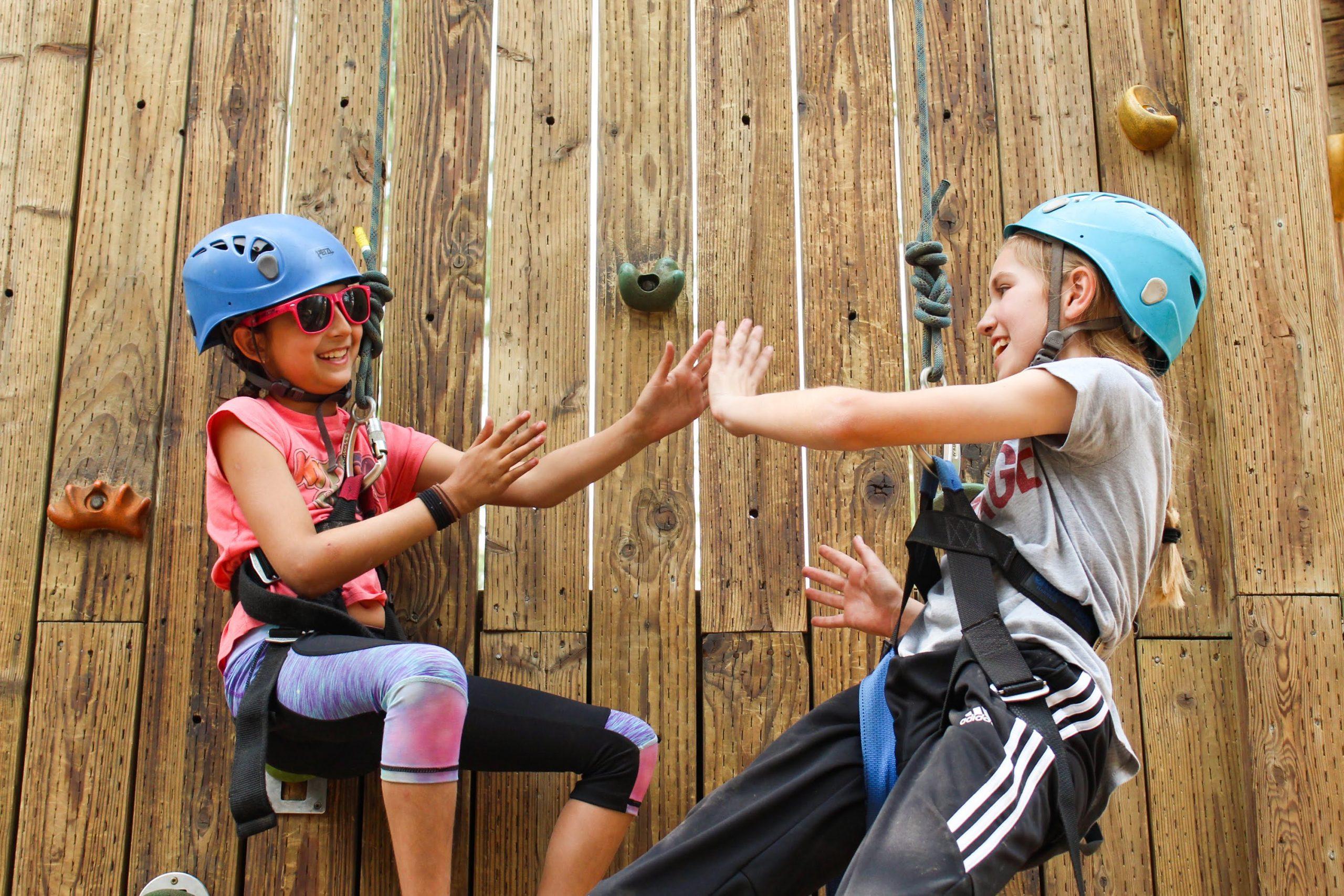 why-kids-should-go-to-sleepaway-summer-camp-by-julia